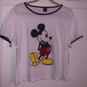 Tops - Mikey mouse crop top
